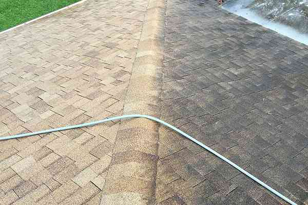 soft-wash-roof-cleaning